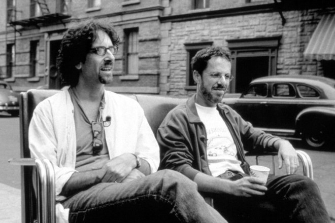 23_Joel and Ethan Coen while filming The Man Who Wasn_t There (2001)-3