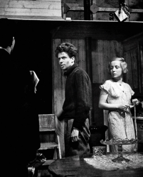 "16_Jean Vigo directing Jean Dasté & Dita Parlo on the set of ""L'Atalante"".jpg"