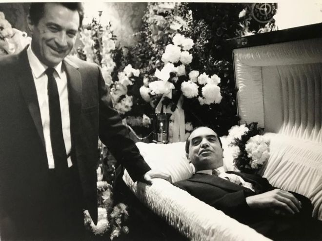 22_Robert De Niro and Chazz Palminteri behind the scenes of A Bronx Tale (1993)