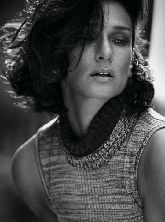 Indira Varma photographed by Alex Bramall for Harper_s Bazaar India-2