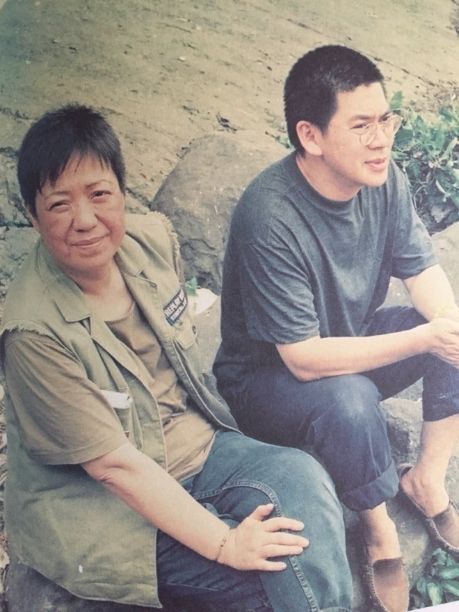 3_Ann Hui and Tsai Ming-liang on location for The River (1997).jpg