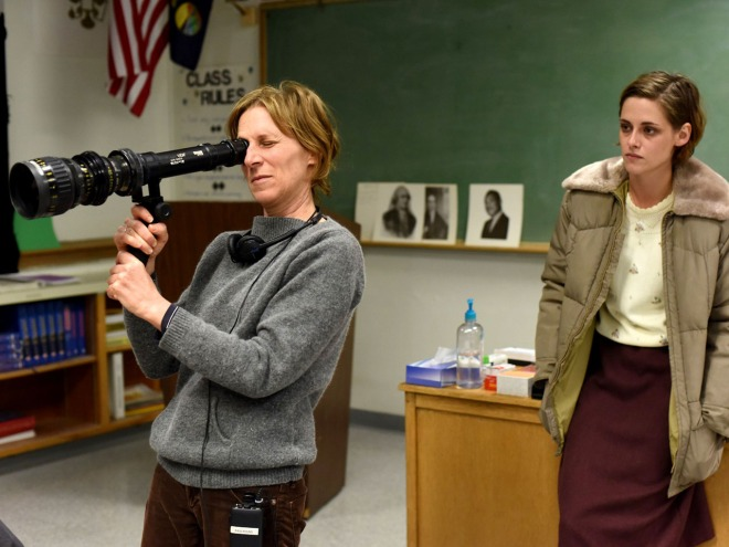 21_Kristen Stewarts and Director Kelly Reichardt, on the set of Certain Women..jpg