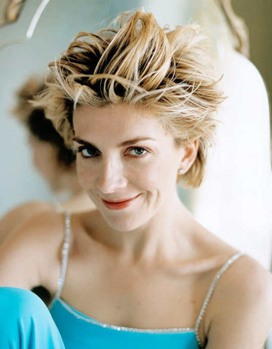 Natasha Richardson photographed by Stewart Shining.-1.png