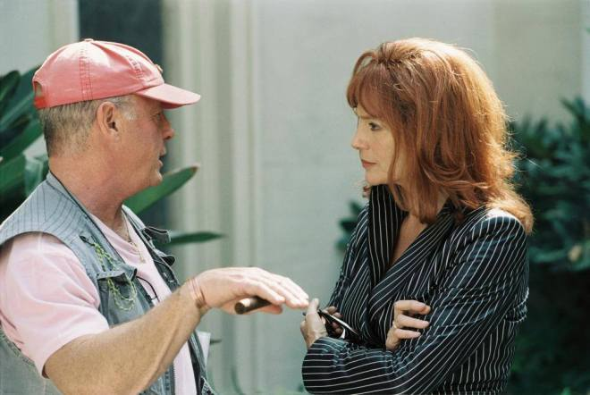13_DOMINO, director Tony Scott, Jacqueline Bisset on set, 2005..jpg