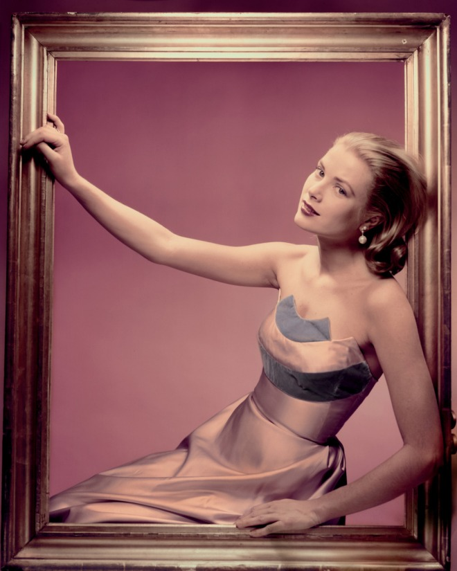Grace Kelly in a dress by Oleg Cassini, photographed by Erwin Blumenfeld for Cosmopolitan, April 1955.-2.jpg