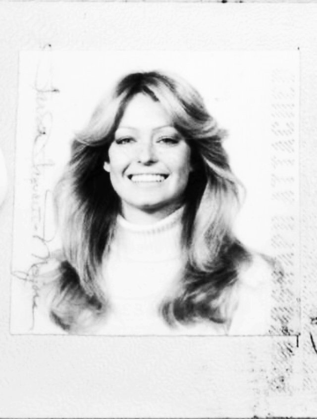 24_passport photo, Farrah Fawcett-Majors, 1973..jpg