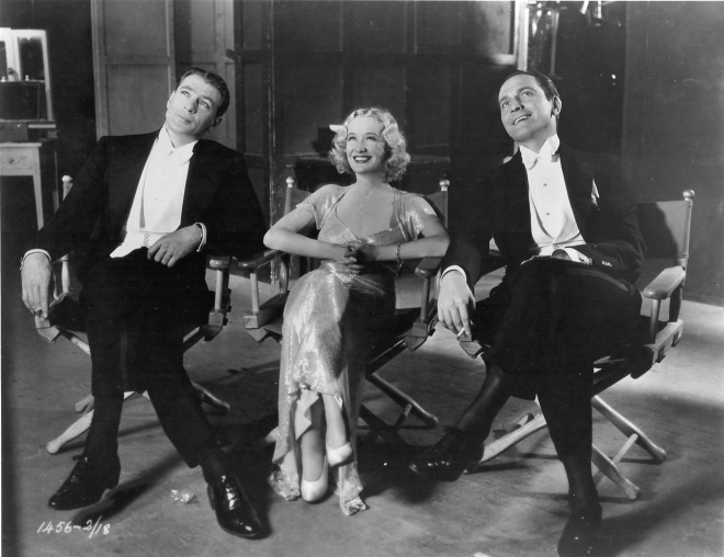 25_Ernst Lubitsch, Gary Cooper, Miriam Hopkins and Fredric March on the set of Design For Living (1932)-1
