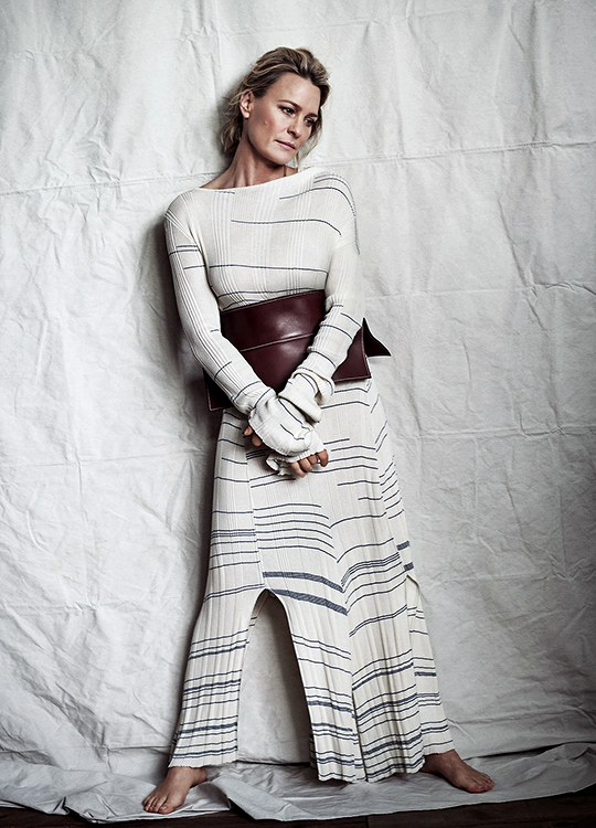 29_Robin Wright by Victor Demarchelier for The Edit-1