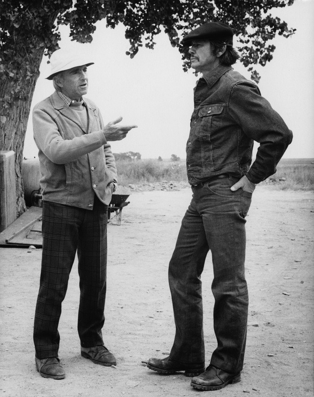 10_Richard Fleischer and Charles Bronson on the set of Mr. Majestyk..jpg