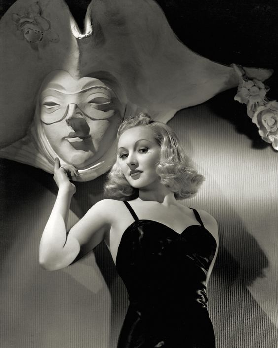 Betty Grable.jpg