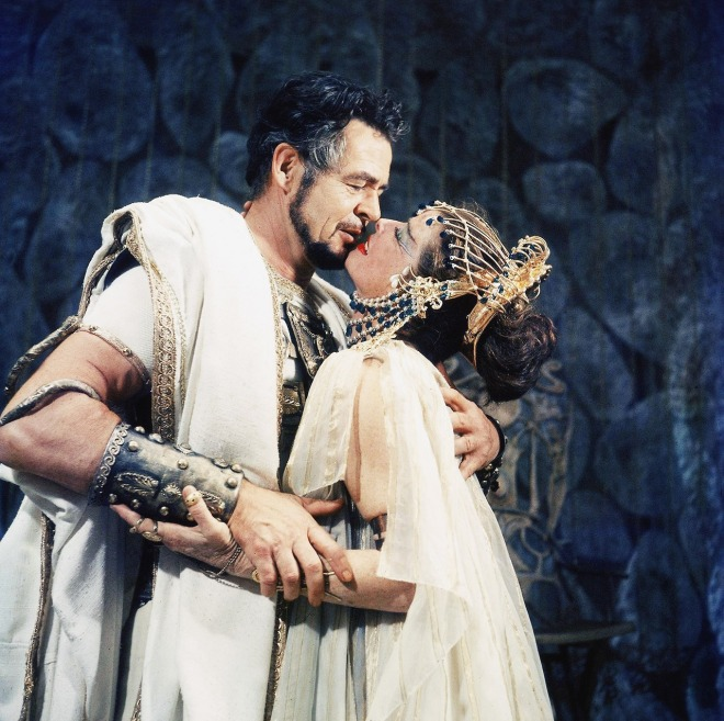 Katharine Hepburn and Robert Ryan in scene fr. play Antony and Cleopatra at American Shakespeare Festival, 1960-2
