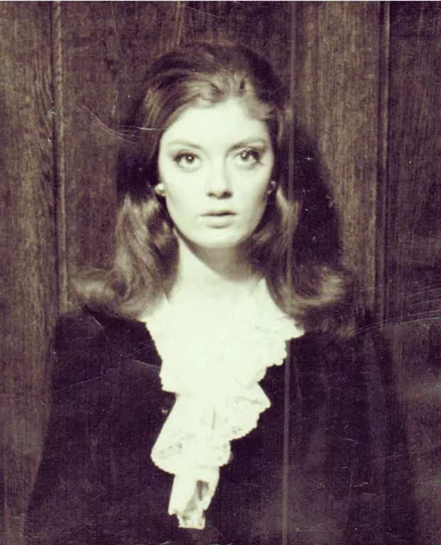 14_17 year old Susan Sarandon, 1963..jpg