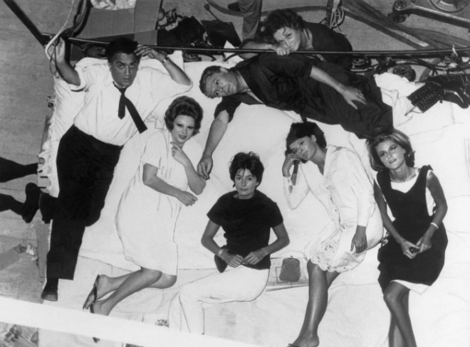 15_Federico Fellini, Sandra Milo, Marcello Mastroianni, Anouk Aimée, Barbara Steele and Madeleine Lebeau on the set of 8 and half 1963.jpg