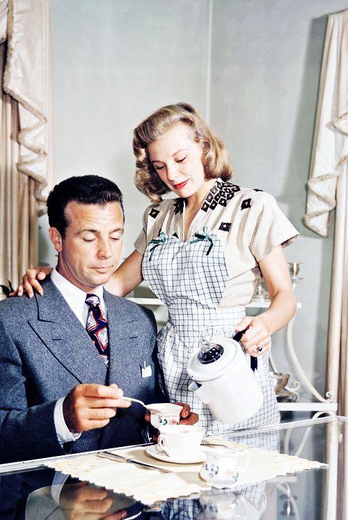 29_June Allyson and husband, Dick Powell (ca. 1947).jpg