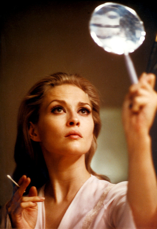 23_Faye Dunaway, 1967, photo by Peter Brüchmann.jpg
