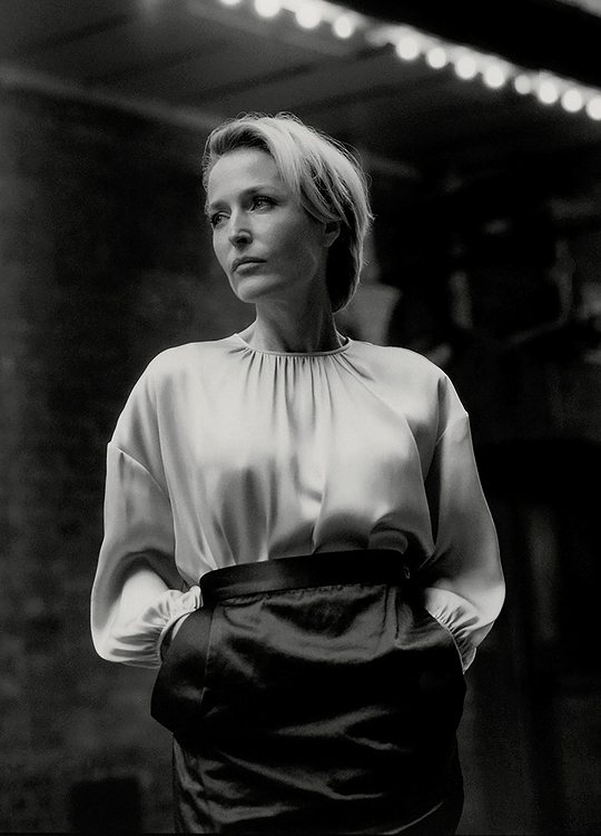 Gillian Anderson photographed by Ben Weller for British Vogue-3