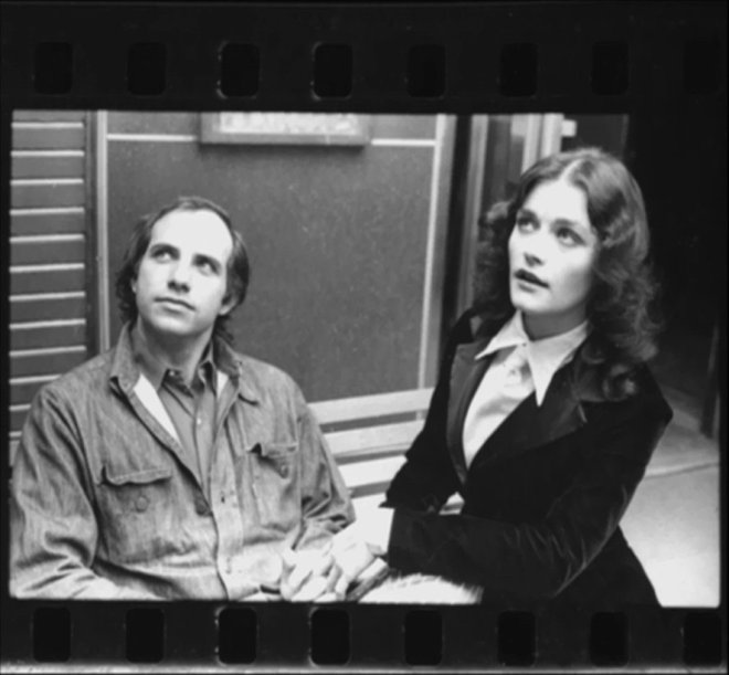 9_Margot Kidder & Brian de Palma on the set of sisters (1972)-1