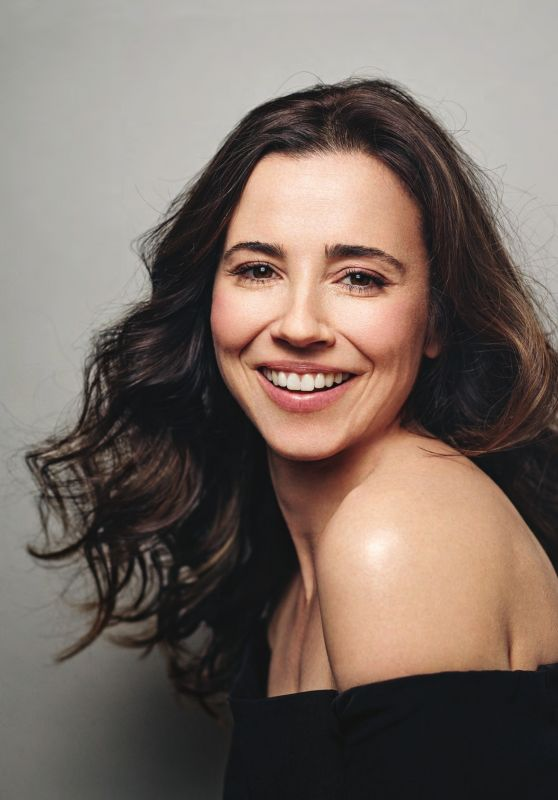Linda Cardellini – Backstage Magazine May 19, 2016 -1