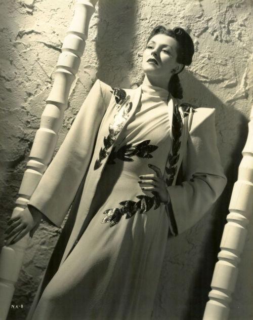Nancy Kelly 1940 - photo by Ray Jones.jpg