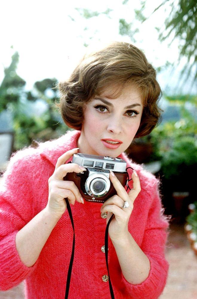 Gina Lollobrigida photographed by Leo Fuchs, 1960.-3.jpg