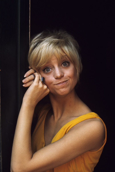 Goldie Hawn photographed by Gene Trindl, 1968.-4