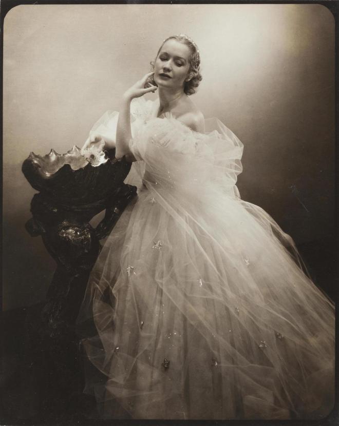 Miriam Hopkins, from the stageplay, Jezebel, Edward Steichen, 1933.jpg