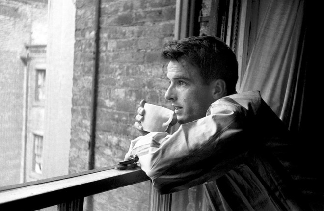 Montgomery Clift, New York, 1949, photos by Stanley Kubrick for LOOK magazine-2.jpg