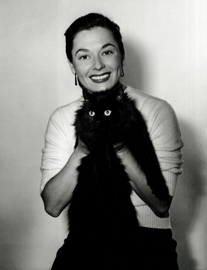 Ruth Roman photographed by Bert Six, 1949.jpg