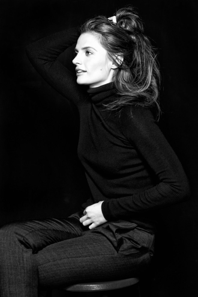 Stana Katic photographed by Lionel Deluy-2.jpg