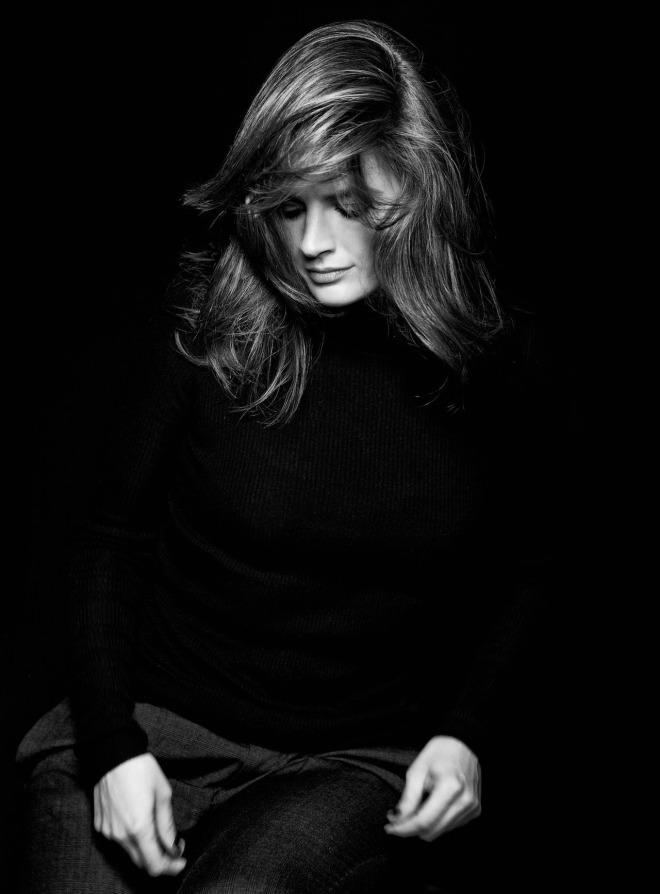 Stana Katic photographed by Lionel Deluy-5.jpg