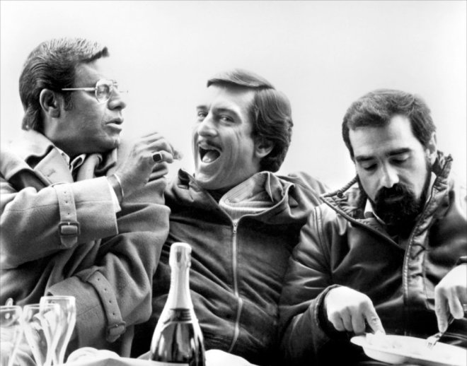 "Jerry Lewis, Robert De Niro and Martin Scorsese on the set of ""The King of Comedy"", 1983 .jpg"